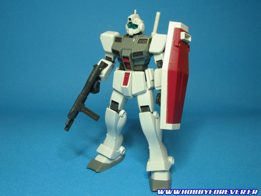 Le HGUC RGM-79D GM Cold District, un kit très basique