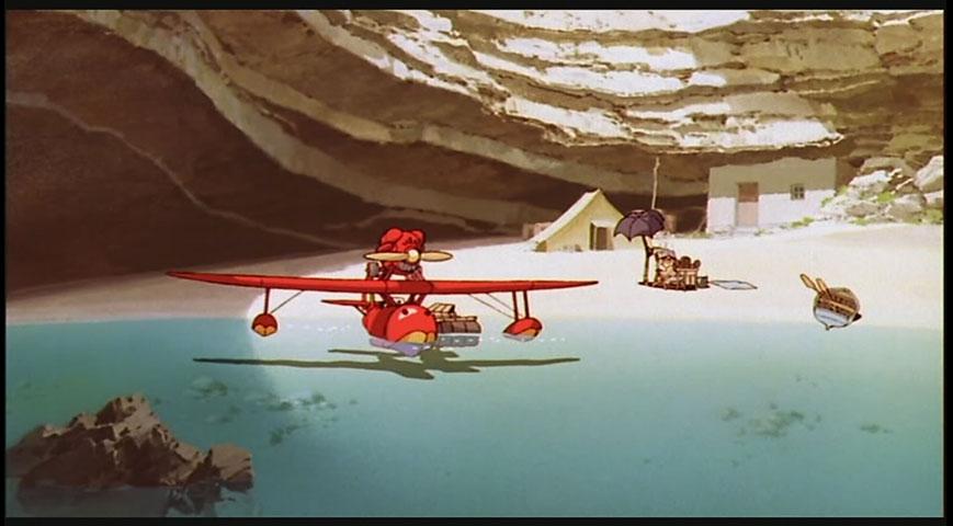 La plage de Porco Rosso, telle qu'elle apparaît au début du film