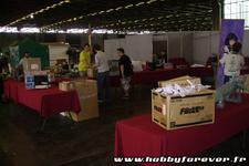 Mise en place des kits pour l'exposition sur le stand ANIGetter