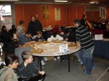 les initiation au papercraft organisées par l'ANIGetter étaient très appréciées du public