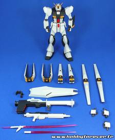 Vue d'ensemble de l'équipement du Nu Gundam