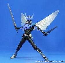 Wingman armé de ses épées