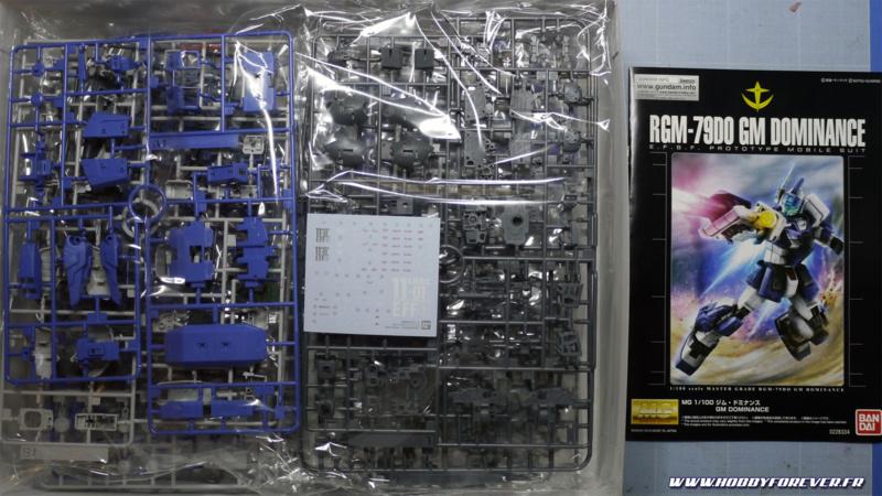 Le contenu de la boite du MG GM Dominance P-Bandai : à part la planche de décal à l'eau, c'est du gunpla classique !