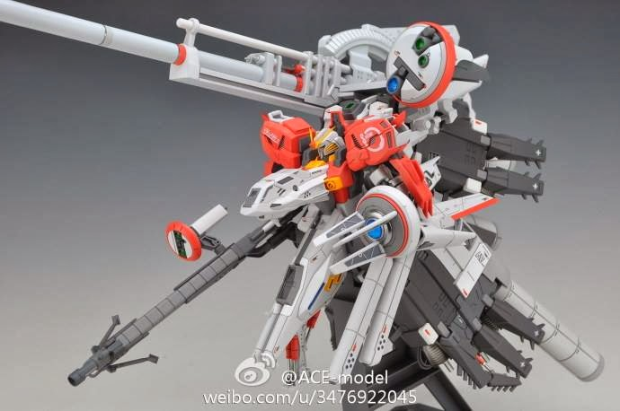 Le Deep Striker 1/144 de ACE Model