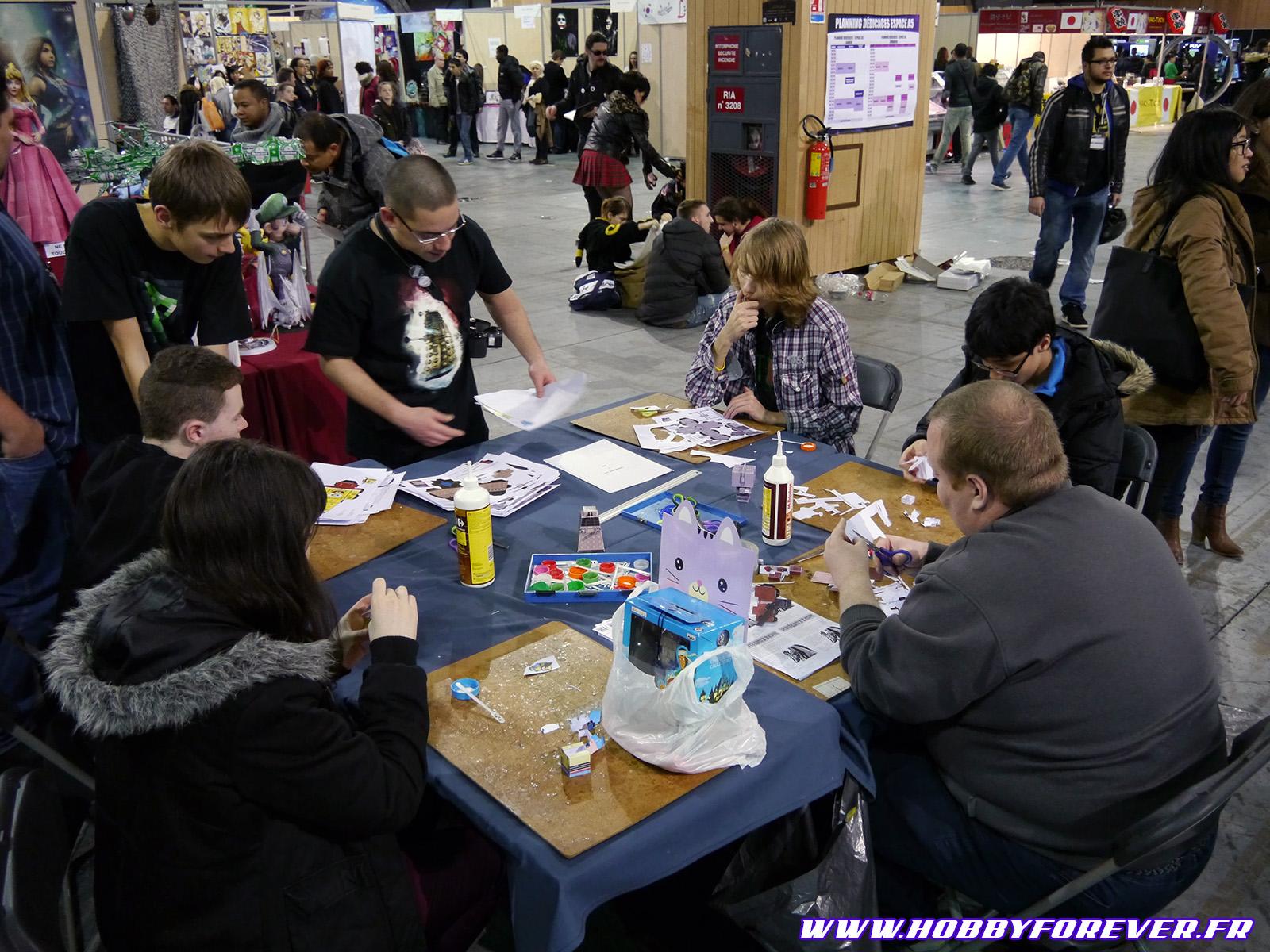 Les initiations au papercraft, toujours une réussite !