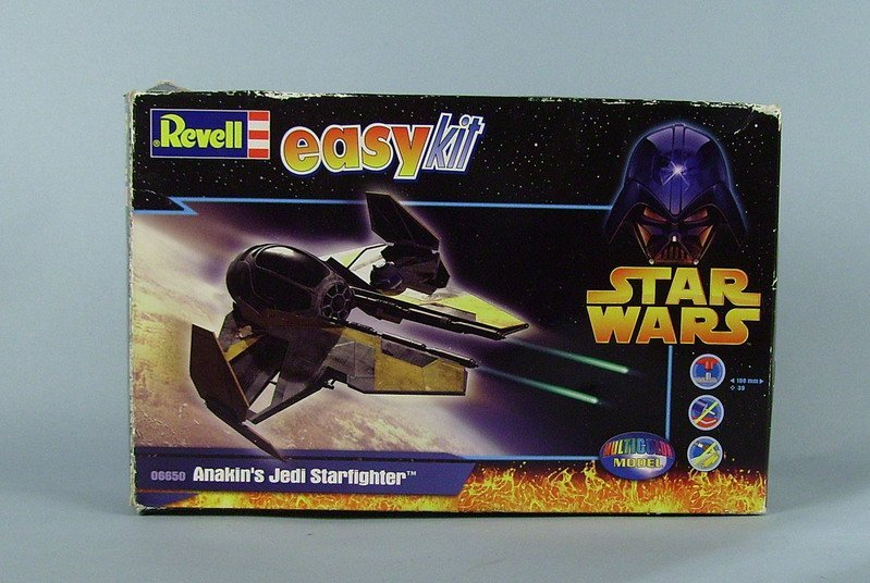 Anakin's Jedi Starfighter - Revell