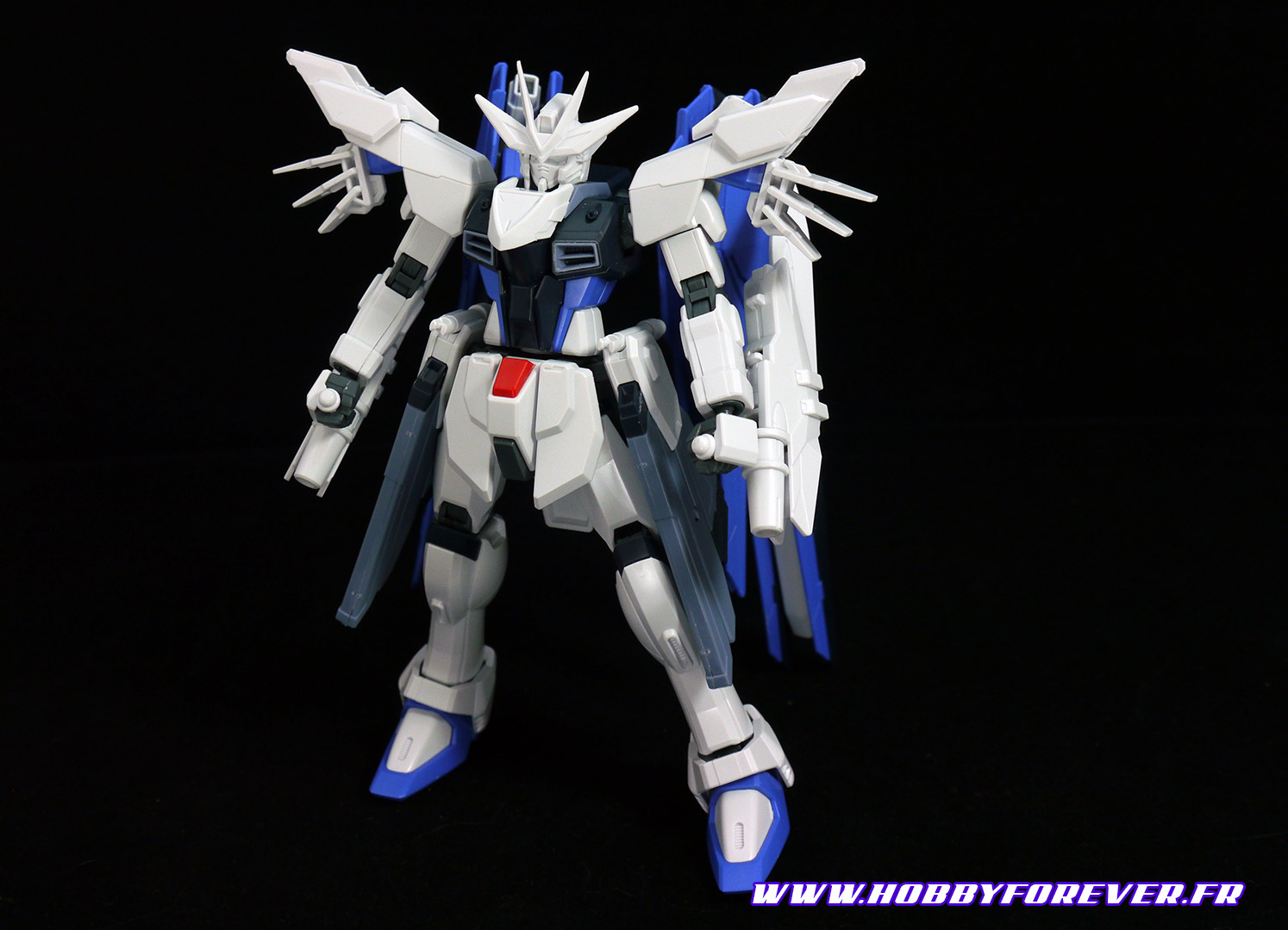 Le Freedom Gundam Feder avant modification